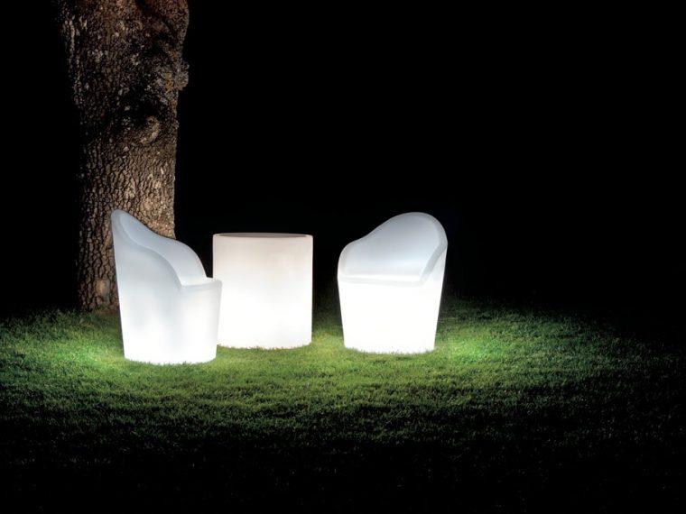 Mobiliario LED Modum
